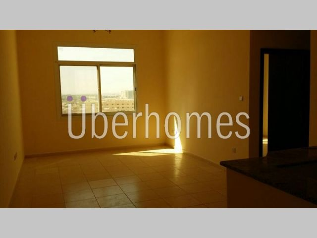 Brand New 2 Bedroom with Balcony in Liwan